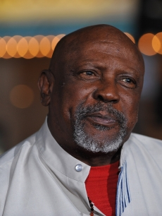 Louis Gossett Jr. arrives at a special screening of the Weinstein Companies &#8216;NINE&#8217; At the Mann Village Theater, Los Angeles, December 9, 2009