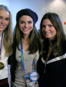 Maria Menounos with Lindsey Vonn and Julia Mancuso
