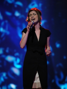 Siobhan Magnus performs the Chris Isaak classic 'Wicked Game' on the first week of live singing on 'American Idol' Season 9, February 23, 2010