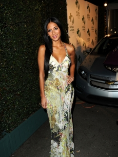 &#8216;Dancing with the Stars&#8217; contestant Nicole Scherzinger arrives at the Global Green USA&#8217;s 7th Annual Pre-Oscar Party at Avalon in Hollywood, Calif. on March 3, 2010   