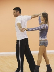 Aiden Turner and Edyta Sliwinska rehearse for 'Dancing with the Stars' Season 10