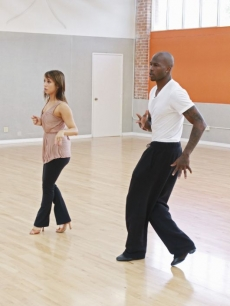 Chad Ochocinco and Cheryl Burke turn up the heat during their &#8216;Dancing with the Stars&#8217; Season 10 rehearsals