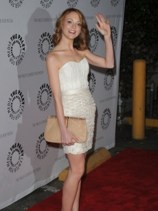Jayma Mays waves at the 27th Annual PaleyFest's 'Glee' event in LA on March 13, 2010