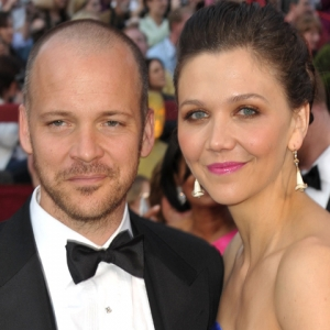 2010 Oscars Red Carpet: Maggie Gyllenhaal &amp; Peter Sarsgaard On Being A Supportive Acting Spouse
