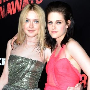 Kristen Stewart & Dakota Fanning Hit 'The Runaways' Premiere, Los Angeles