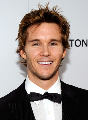 &#8216;True Blood&#8217;s&#8217; Ryan Kwanten smiles at the 18th annual Elton John AIDS Foundation Academy Award party, Los Angeles, March 7, 2010
