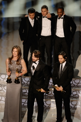 Director Kathryn Bigelow, screenwriter Mark Boal and producer Greg Shapiro, and (rear L-R) actors Jeremy Renner, Brian Geraghty and Anthony Mackie accept Best Picture award for 'The Hurt Locker' onstage during the 82nd Annual Academy Awards