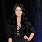 Vanessa Hudgens arrives to the 2010 ShoWest awards at the Paris Las Vegas on March 18, 2010