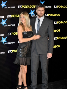 Jennifer Aniston and Gerard Butler attend 'The Bounty Hunter' ('Exposados') premiere in Madrid, Spain, March 30, 2010