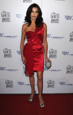 Teri Hatcher arrives at the 24th Genesis Awards held at the Beverly Hilton Hotel in Beverly Hills, California on March 20, 2010
