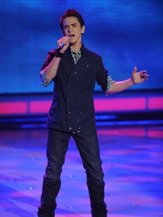 Aaron Kelly performs 'The Long and Winding Road' during Top 9 week on 'American Idol' on April 6, 2010