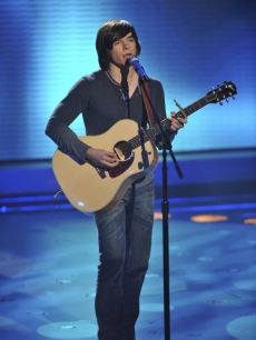 Tim Urban tackles the Goo Goo Dolls' 'Better Days' on 'American Idol' on April 20, 2010