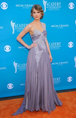 Taylor Swift arrives for the 45th Annual Academy of Country Music Awards at the MGM Grand Garden Arena  in Las Vegas, Nevada on April 18, 2010