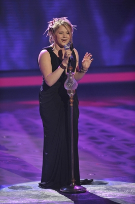 Crystal Bowersox turns in an emotional performance of 'People Get Ready' on 'American Idol' on April 20, 2010