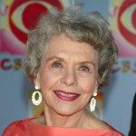 Helen Wagner smiles in 2003