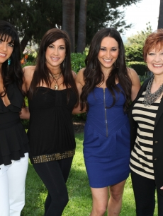 Teresa Giudice, Jaqueline Laurita and Caroline Manzo from &#8220;The Real Housewives of New Jersey&#8221; with Accesshollywood.com&#8217;s Laura Saltman
