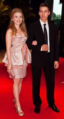 Scarlett Johansson and her twin brother, Hunter, step out at the 2010 White House Correspondents&#8217; Dinner in Washington D.C. on May 1, 2010