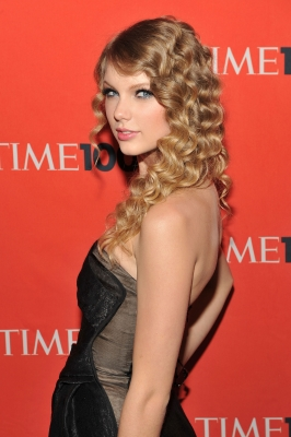 Taylor Swift attends the 2010 TIME 100 Gala at the Time Warner Center on May 4, 2010 in New York City.