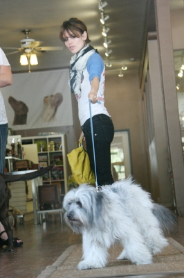 Rachel Bilson and a friend go to K9 Loft, a pet care store, on May 08, 2008 in Los Angeles, California.