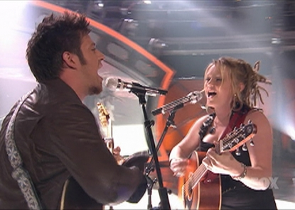 Lee DeWyze and Crystal Bowersox duet on 'American Idol,' May 11, 2010