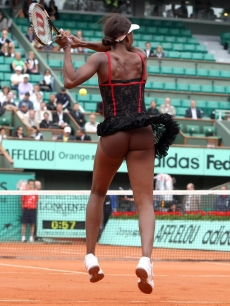 Venus Williams on the court on May 26, 2010