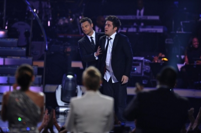 Lee DeWyze reacts after being crowned on &#8216;American Idol,&#8217; May 26, 2010