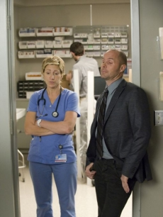 Edie Falco and Paul Schulze in 'Nurse Jackie' Season 2 on Showtime