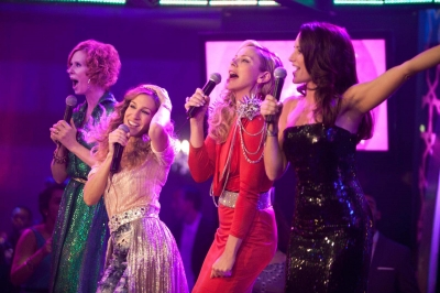The Fab Four — Miranda, Carrie, Samantha and Charlotte try out karaoke in Abu Dhabi in 'Sex and The City 2'