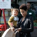 Halle Berry takes her daughter Nahla Ariela Aubry to Bristol Farms to shop for groceries, Los Angeles, December 10, 2009