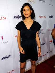 Julia Jones steps out in May 2008