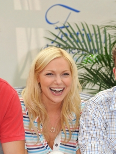 'October Road' stars Geoff Stults, Laura Prepon and Bryan Greenberg poses for the camera at a photocall at the Monte Carlo Television Festival at the Grimaldi Forum in Monaco, June 10, 2008