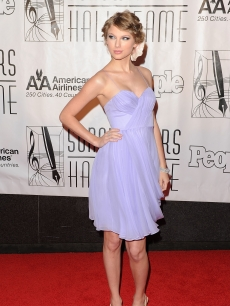 Taylor Swift is lovely in lavender on the red carpet at the 41st annual Songwriters Hall of Fame ceremony at the New York Marriott Marquis, NYC, June 17, 2010
