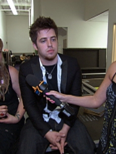 Dish Of Salt: Crystal Bowersox & Lee DeWyze Are Staying Busy