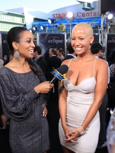 "Model Amber Rose does her first ever red carpet interview (on a black carpet) at the ""Eclipse"" premiere, with Access' own Shaun Robinson, LA, June 24, 2010"