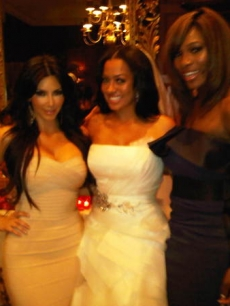 Kim Kardashian, La La Vazquez and Serena Williams at La La's wedding in NYC on July 10, 2010