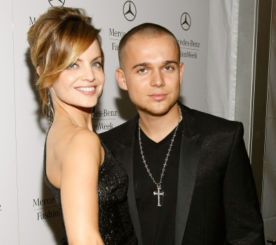 Mena Suvari and Simone Sestito step out at Mercedes-Benz Fashion Week in New York on September 12, 2009