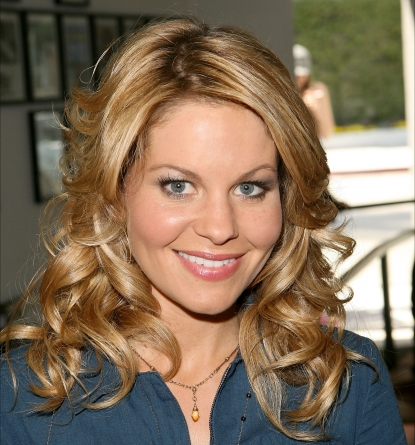 Candace Cameron Bure attends the 2nd Annual on the Go Beauty Mother's Day Event at Gavert Atelier, LA, May 8, 2010