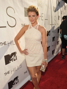 Lo Bosworth looks sleek in beige at MTV's The Hills Live A Hollywood Ending finale event held at The Hollywood Roosevelt Hotel on July 13, 2010
