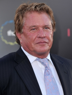 Tom Berenger Hits The &#8216;Inception&#8217; Premiere, Los Angeles