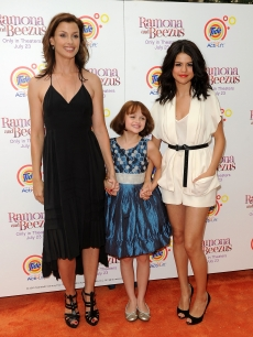 Bridget Moynahan, Joey King, and Selena Gomez attend the premiere of &#8220;Ramona and Beezus&#8221; in Madison Square Park, NYC, July 20, 2010