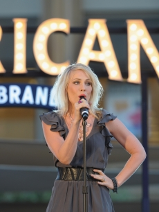 Natasha Bedingfield performs at the Americana at Brand during their Summer Concert Series in Glendale, Calif., on August 11, 2010