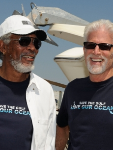 Morgan Freeman and Ted Danson attend the Nautica & Celebrities Join Oceana to Support Gulf of Mexico Expedition at Gulfport Marina in Gulfport, Mississippi, on August 24, 2010