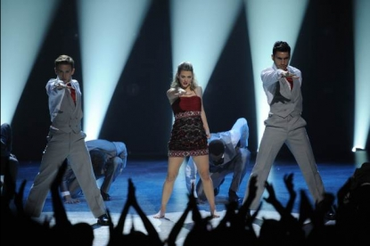"Kent Boyd, Lauren Froderman and Robert Roldan perform on the ""So You Think You Can Dance"" season finale, LA, Aug. 2010"
