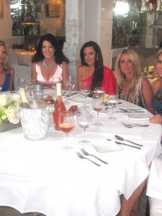 "Access Hollywood's Shaun Robinson with ""The Real Housewives of Beverly Hills"" stars Camille Grammer, Lisa Vanderpump, Kyle Richards, Kim Richards, Adrienne Maloof, Taylor Armstrong, Los Angeles, Aug. 30, 2010"