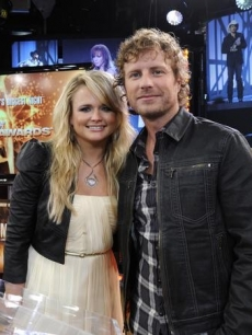 "Miranda Lambert and Dierks Bentley announce the nominees for the 2010 CMA Awards during a visit to ""GMA,"" NYC, Sept. 1, 2010"
