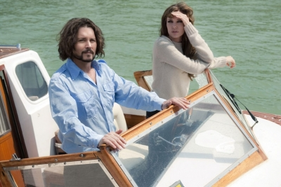 Johnny Depp and Angelina Jolie are seen in shot from &#8220;The Tourist&#8221; 