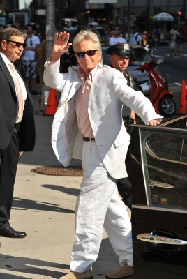 "Michael Douglas visits ""The Late Show With David Letterman"" at the Ed Sullivan Theater on August 31, 2010 in New York City"