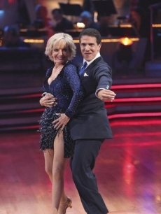Florence Henderson and Corky Ballas on the season premiere of &#8220;Dancing with the Stars&#8221;