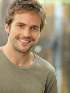"Michael Stahl-David as Steven Foster on ABC's drama ""My Generation,"" September 2010"