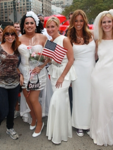 'The Real Housewives of New York City' stars Jill Zarin, Sonja Morgan, Kelly Killoren Bensimon and Alex McCord pose for photos with fans during the Annual Wedding March For Marriage Equality on the Streets of Manhattan in New York City on September 26, 2010